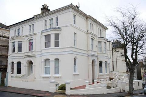 Studio to rent - DYKE ROAD, BRIGHTON