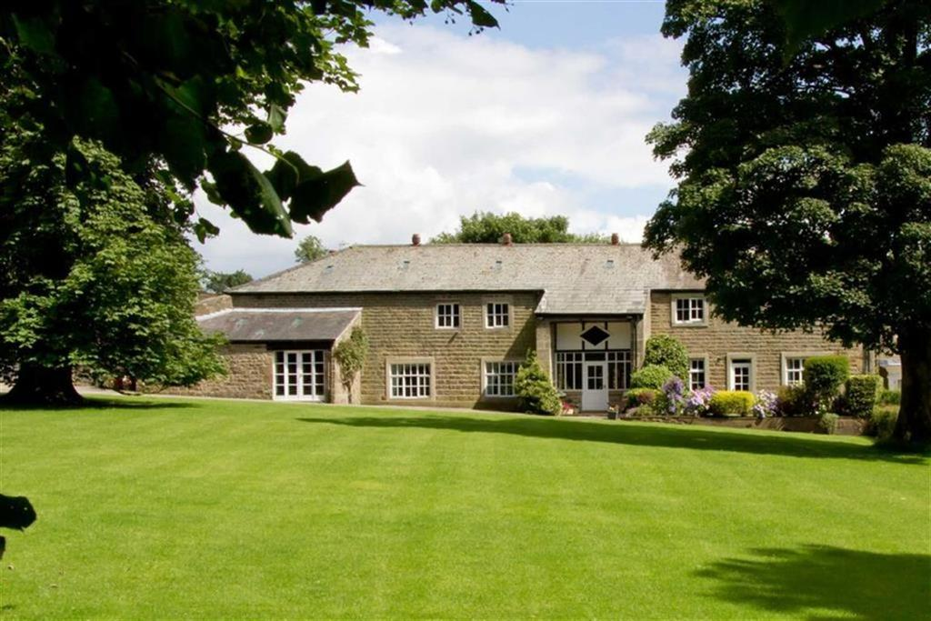 4 Bedrooms Link Detached House for sale in Read, Burnley, Lancashire