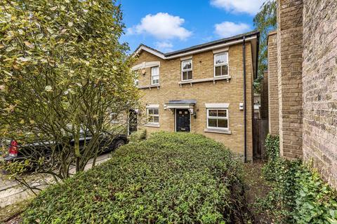 2 bedroom house to rent - Turner Place, London