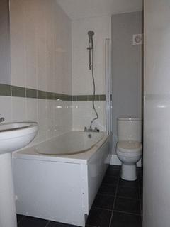 1 bedroom flat to rent - First floor, modern one Bedroom flat ,Hainton Avenue, Grimsby