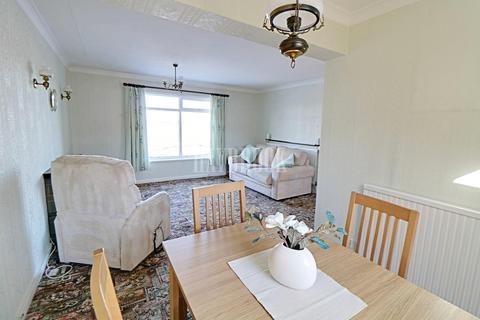 2 bedroom flat for sale - Westminster Avenue, Lodge Moor, S10 4ES