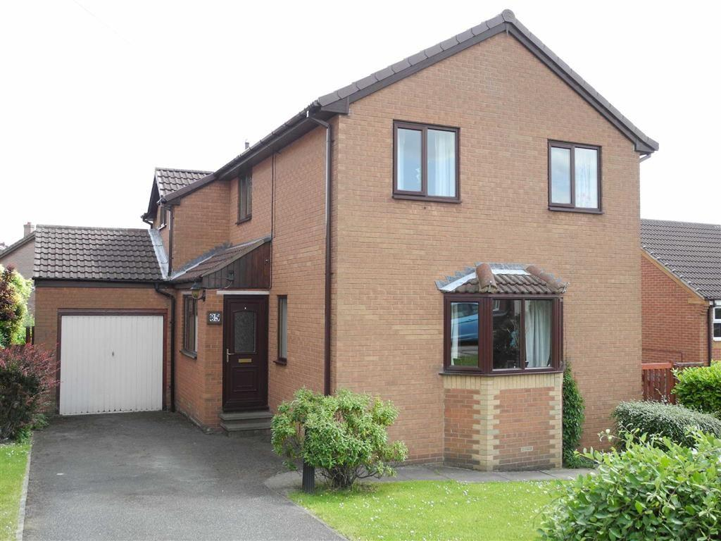 4 Bedrooms Detached House for sale in Field Drive, Cudworth, Barnsley, S72