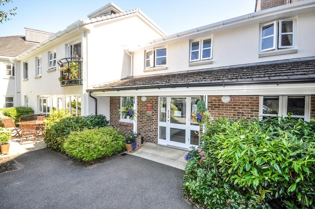 2 Bedrooms Retirement Property for sale in Liphook