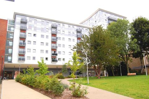 2 bedroom apartment to rent - Becket House, New Road, Brentwood, Essex, CM14