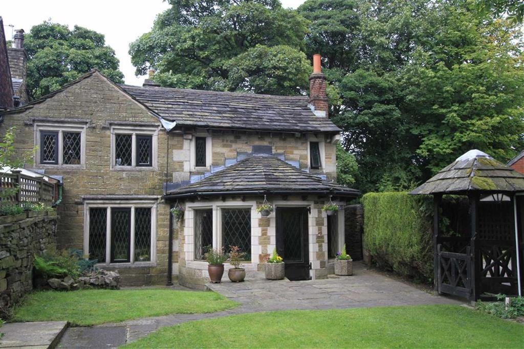 5 Bedrooms Unique Property for sale in Lower Green Cottage, 453, Edenfield Road, Norden, Rochdale, OL11