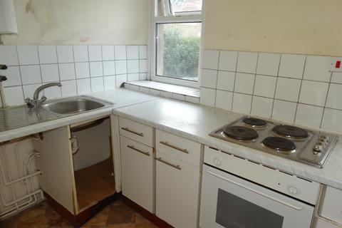 1 bedroom flat to rent - Walter Rd, Swansea