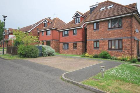 Studio to rent - Petteridge Lane, Matfield