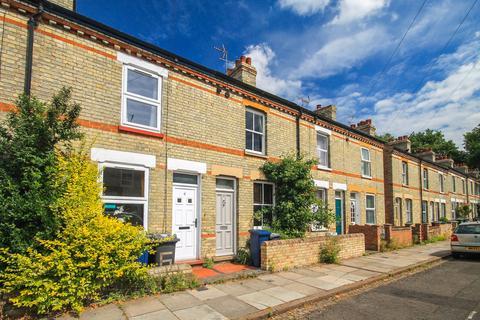 2 bedroom terraced house to rent - Petworth Street, Cambridge