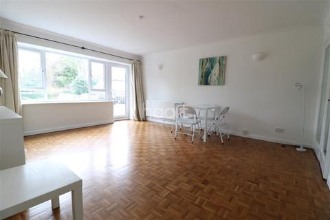 2 bedroom flat to rent - Walk To The River