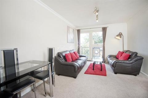 2 bedroom flat to rent - Taeping Street, E14