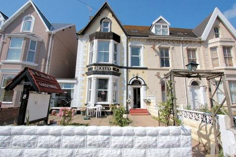 Guest house for sale - Conwy Street, Rhyl