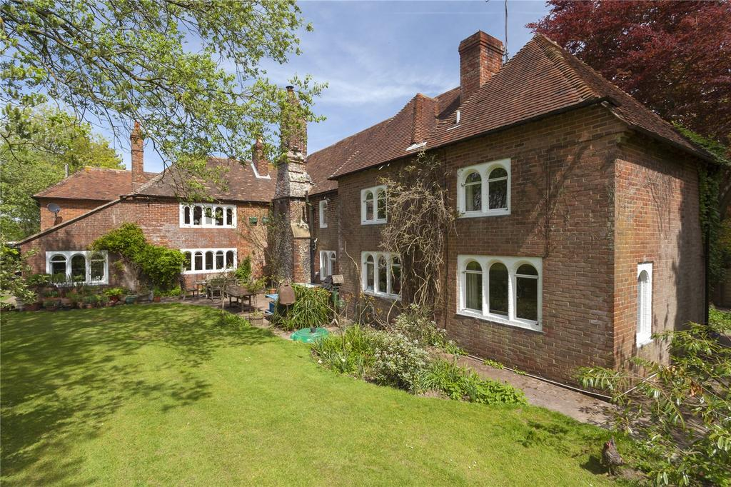 8 Bedrooms Detached House for sale in Canterbury Road, Challock, Ashford, Kent