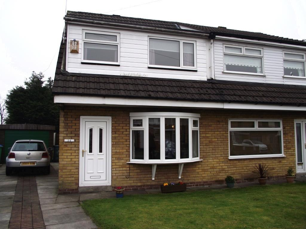 2 Bedrooms Semi Detached House for sale in Aylesbury Grove, Middleton
