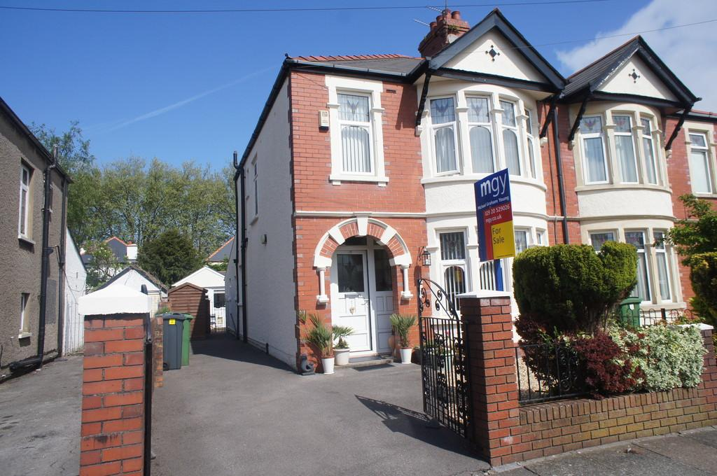 4 Bedrooms Semi Detached House for sale in St. Alban Avenue, Heath, Cardiff