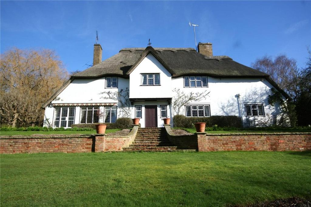 4 Bedrooms Detached House for sale in Hedgerley Lane, Gerrards Cross, Buckinghamshire, SL9