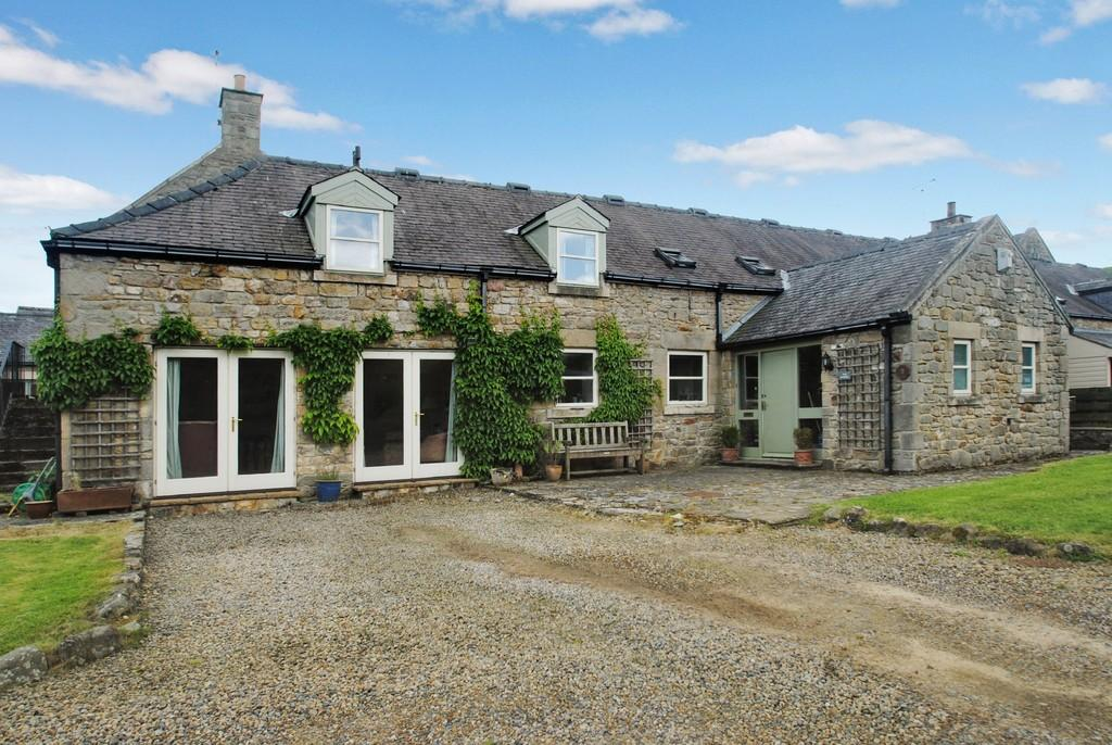 4 Bedrooms Barn Conversion Character Property for sale in Warden, Hexham