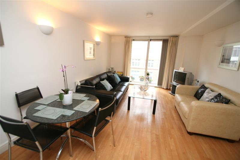 2 Bedrooms Flat for rent in W3 Building, Whitworth Street West, Manchester, M1