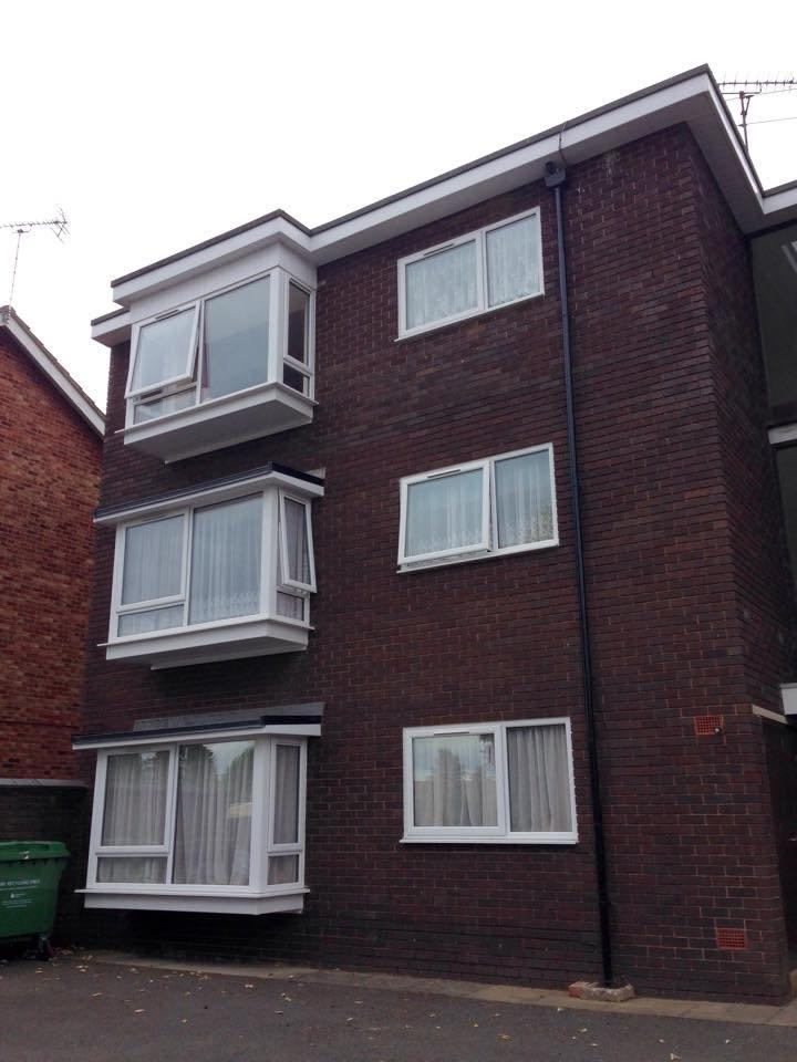 2 Bedrooms Apartment Flat for rent in Minster Court, Leominster