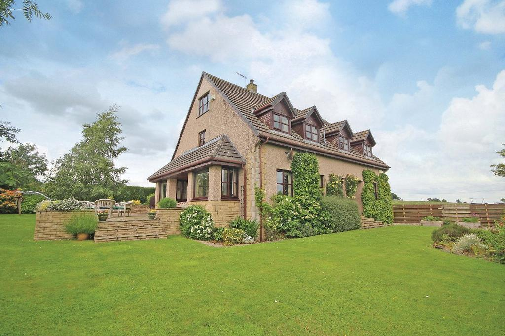 5 Bedrooms Detached House for sale in Pittentian House, Pittentian, Crieff, Perthshire, PH7 3RU