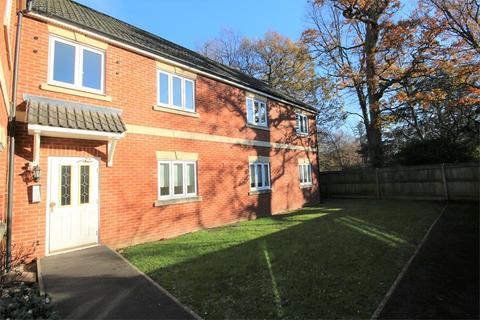 2 bedroom flat to rent - Sir Charles Irving Close, Cheltenham