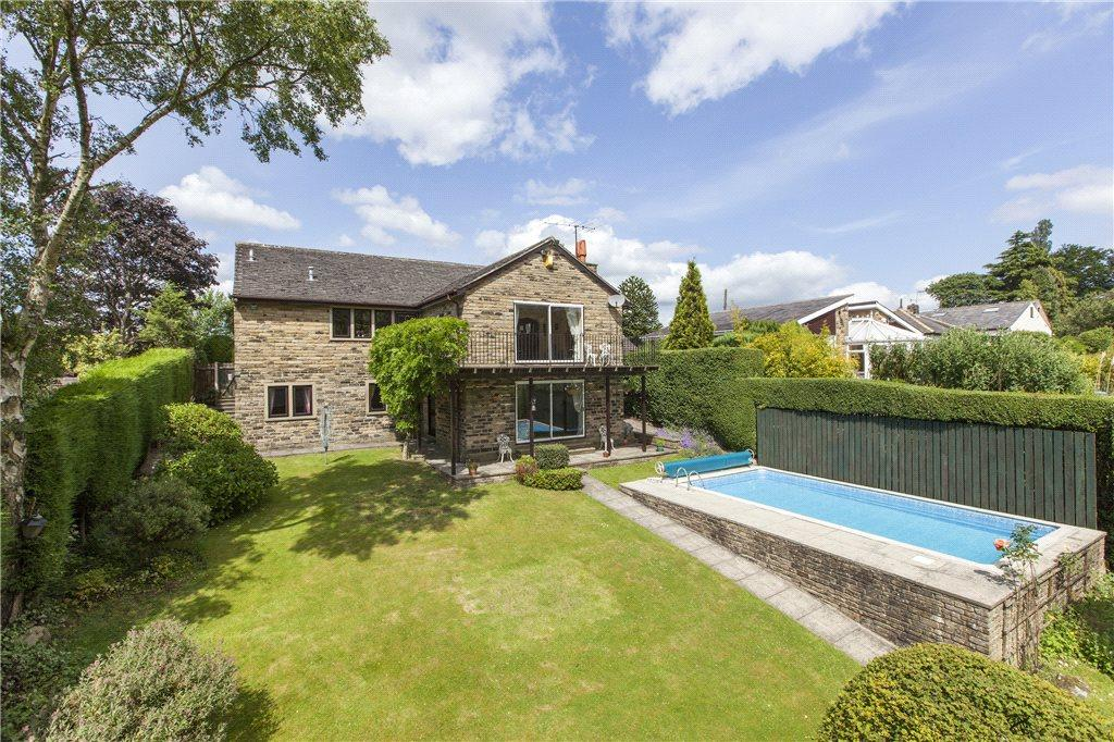 4 Bedrooms Detached House for sale in Lode Pit Lane, Eldwick, Bingley, West Yorkshire