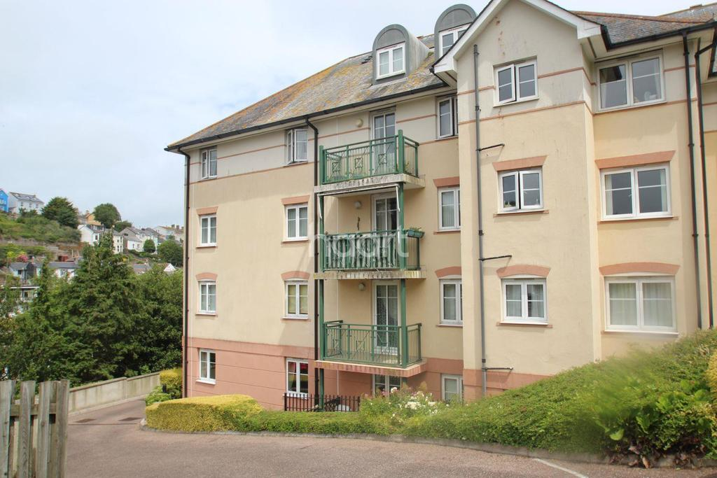 2 Bedrooms Flat for sale in New Road, Brixham