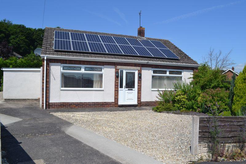 2 Bedrooms Detached Bungalow for sale in Woodland Drive, Broughton