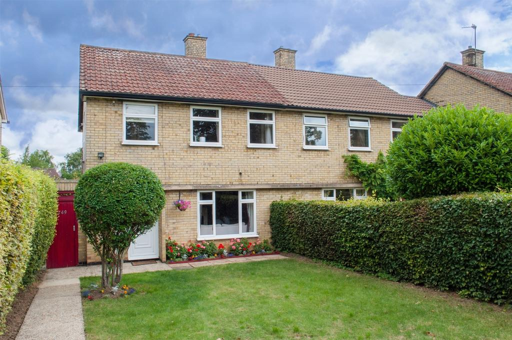 3 Bedrooms Semi Detached House for sale in Bedford Road, Letchworth Garden City, Hertfordshire