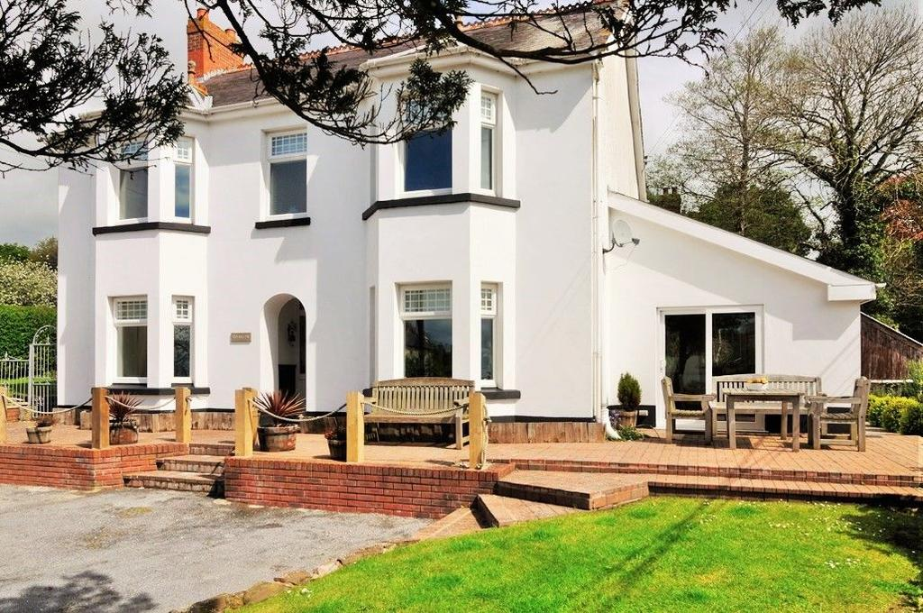 5 Bedrooms Detached House for sale in Brynafon, Victoria Street, Laugharne, Carmarthen SA33 4SF