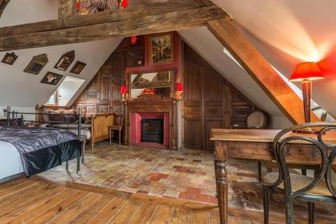 4 bedroom house  - 17th Century House In Honfleur, Normandy