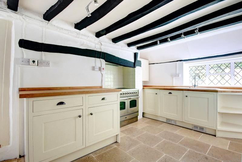 3 Bedrooms Detached House for sale in Eastbury, Hungerford, Berkshire, RG17