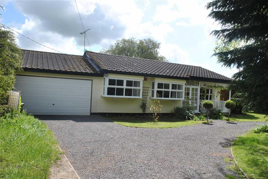 4 Bedrooms Detached Bungalow for sale in Pudsey Hall Lane, Canewdon, Essex