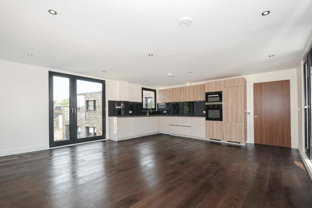 3 Bedrooms Penthouse Flat for sale in Rothsay Street, Borough
