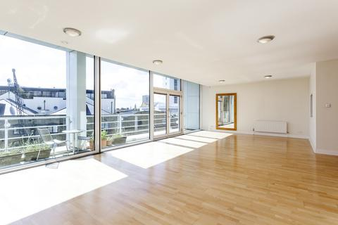 3 bedroom flat to rent - Saffron Wharf, 20 Shad Thames, London, SE1