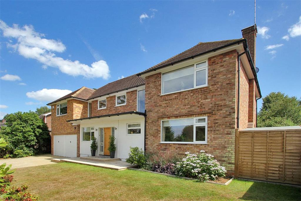 5 Bedrooms Detached House for sale in Beaconfields, Sevenoaks, Kent, TN13