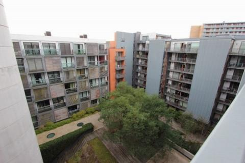 1 bedroom apartment to rent - Moho Building, Castlefield, M15 4FY