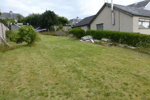 3 bedroom property with land for sale - Y Felinheli