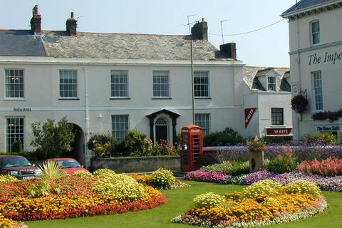 2 bedroom flat to rent - Queen Anne House, The Square, Barnstaple