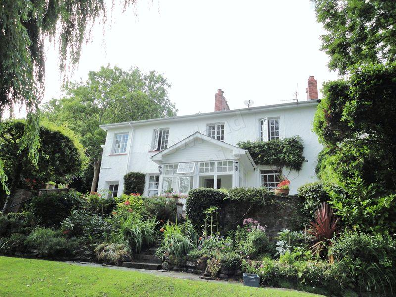 4 Bedrooms Semi Detached House for sale in Coedkernew, Newport