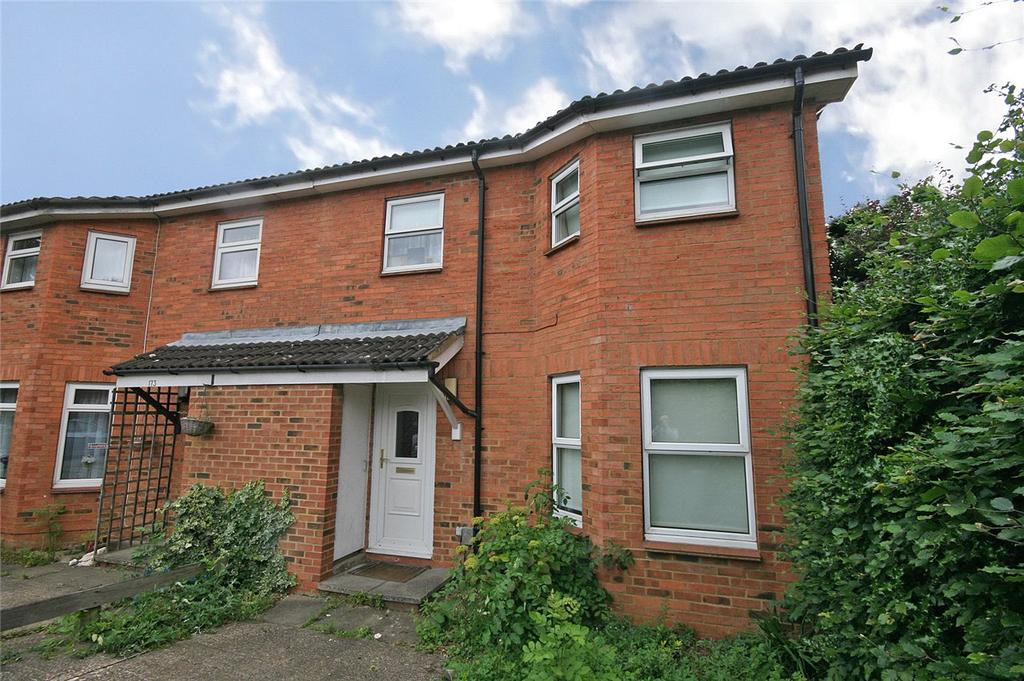 3 Bedrooms Semi Detached House for sale in Peartree Lane, Welwyn Garden City, Hertfordshire