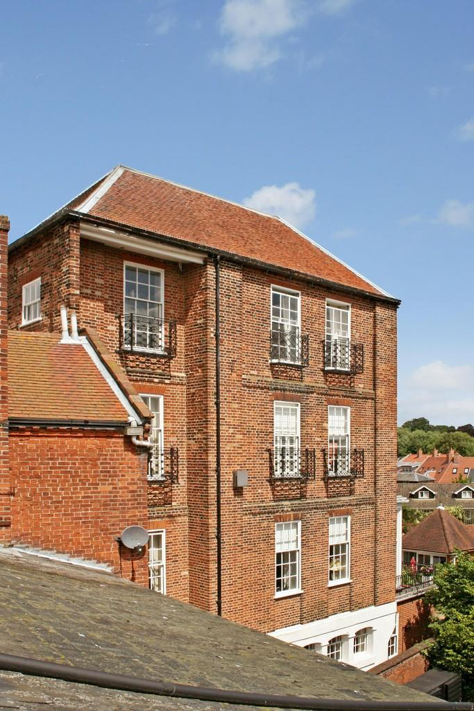4 Bedrooms Town House for sale in Stone Place, Woodbridge