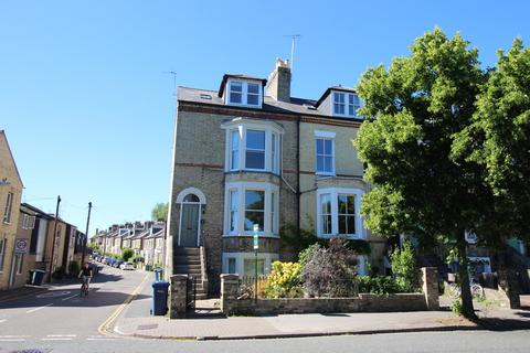 1 bedroom flat to rent - Basement flat, Chesterton Rd