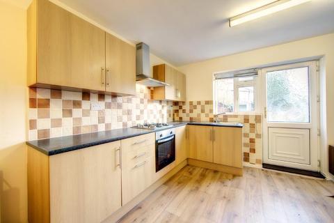2 bedroom semi-detached house to rent - Fallowfield Avenue, Fawdon, NE3