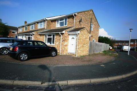 2 bedroom property to rent - Farmers Way, Maidenhead, SL6