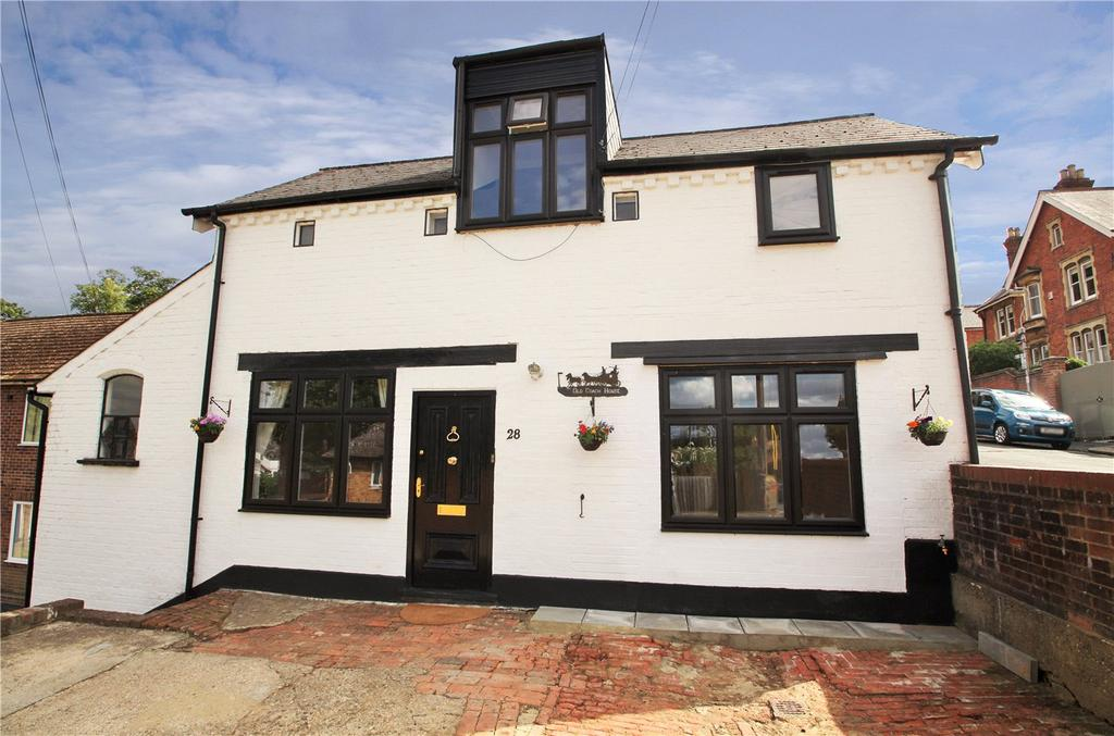 3 Bedrooms Detached House for sale in Brunswick Hill, Reading, Berks, RG1