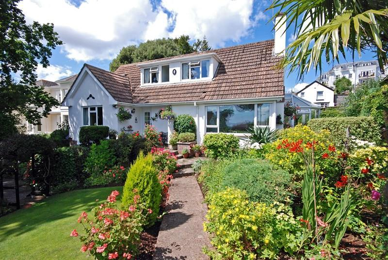3 Bedrooms Detached Bungalow for sale in Ferndale Road, Teignmouth