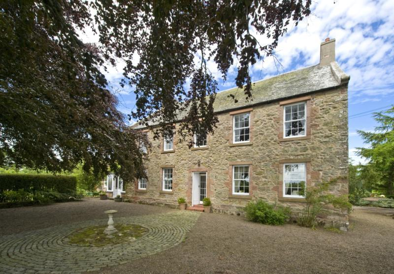 5 Bedrooms Detached House for sale in Nunlands House, Foulden, Berwick Upon Tweed, Berwickshire, Scottish Borders