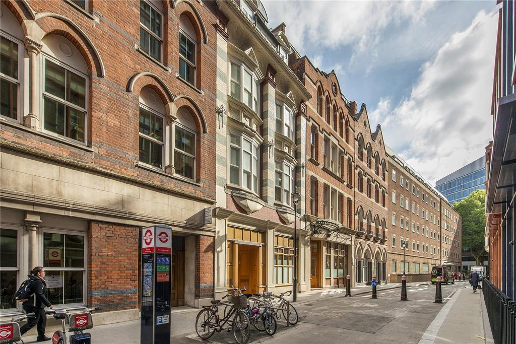 Breams Buildings London