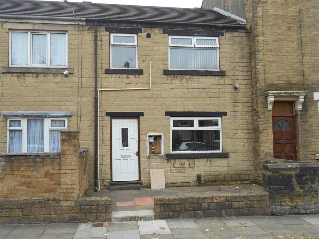 3 Bedrooms Town House for sale in Maidstone Street, Thornbury, Bradford, BD3 8AP