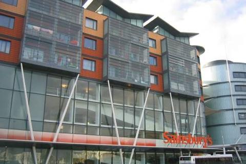 1 bedroom flat to rent - MAIDENHEAD - TOWN CENTRE